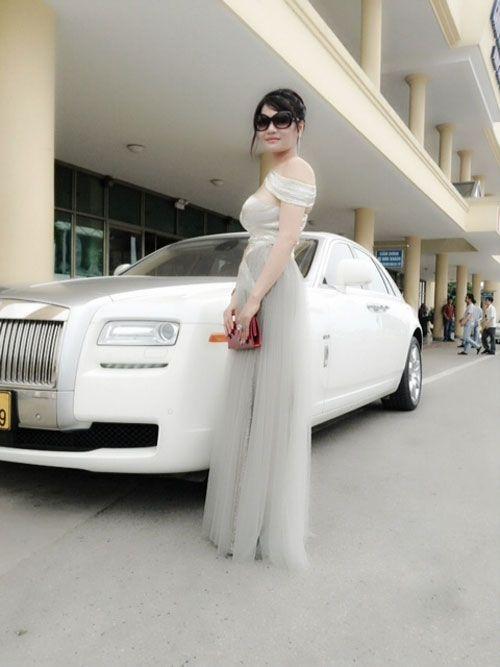 Tài sản ngàn tỷ và lối 'đốt tiền' của nữ đại gia Hà Tĩnh
